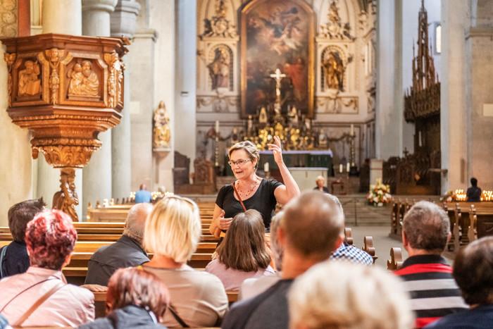 Konstanz-Stadtfuehrung-Barbara-Nonini-Muenster-unserer-lieben-Frau-Innen-02_Spaetsommer_Copyright_MTK-Dagmar-Schwelle