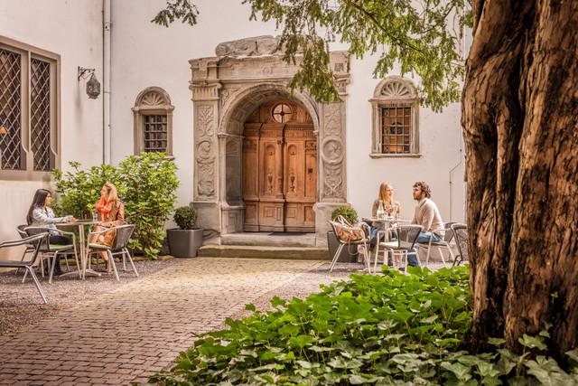 Konstanz-Rosgartenmuseum-Innenhof-01_Fruehling_Copyright_MTK-Dagmar-Schwelle