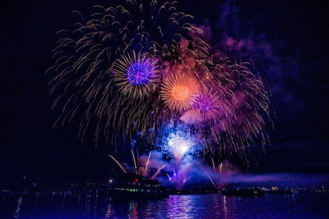 Konstanz-Seenachtfest-Feuerwerk-Bodensee-Schiff_Sommer_Copyright_MTK-Chris-Danneffel