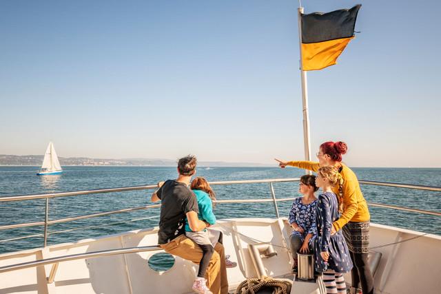 Konstanz-Bodensee-Schifffahrt-BSB-Ausflug-Familie-Deck-01_Herbst_Copyright_MTK-Dagmar-Schwelle