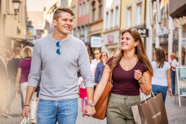 Konstanz-Innenstadt-Shopping-Rosgartenstrasse-03_Herbst_Copyright_MTK-Dagmar-Schwelle